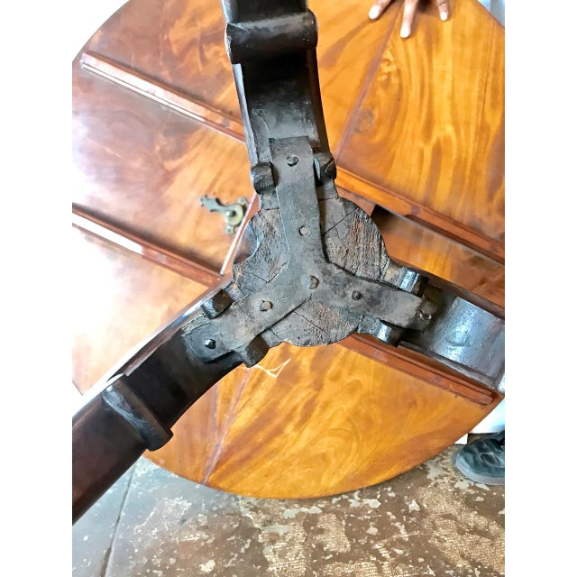 Mid 18th Century 18th Century American Tilt Top Tea Table For Sale - Image 5 of 11