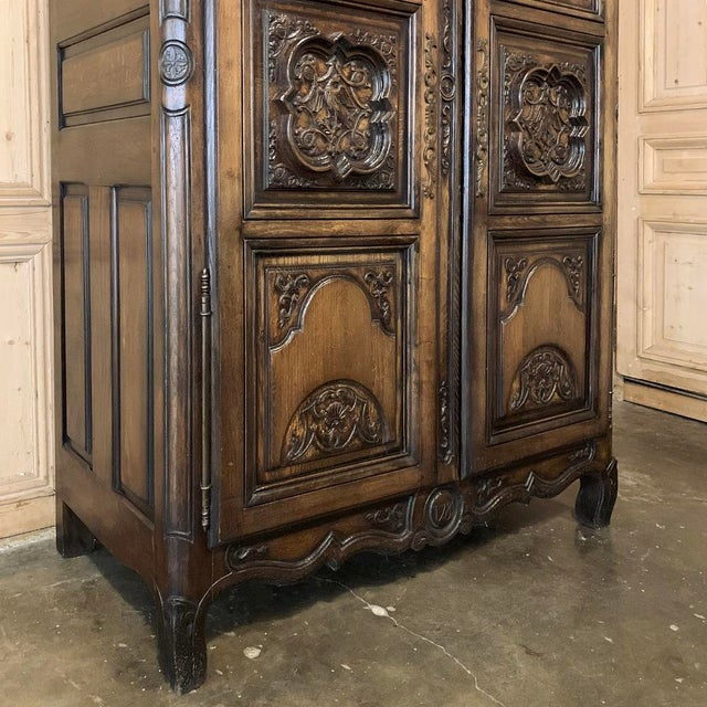 Early 20th Century Antique French Louis XIV Walnut Armoire For Sale - Image 5 of 13