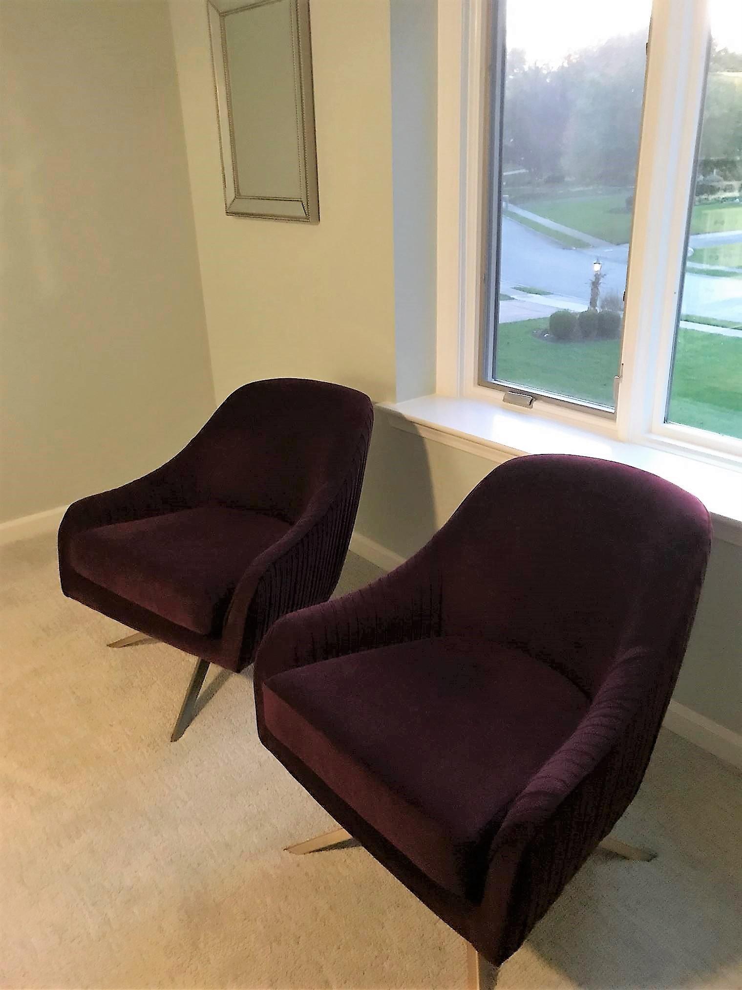 Bon West Elm Roar + Rabbit Velvet Swivel Chair   Image 5 Of 6