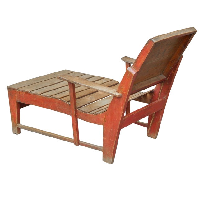 French Late 19th C. Primitive Painted Chaise For Sale - Image 3 of 11