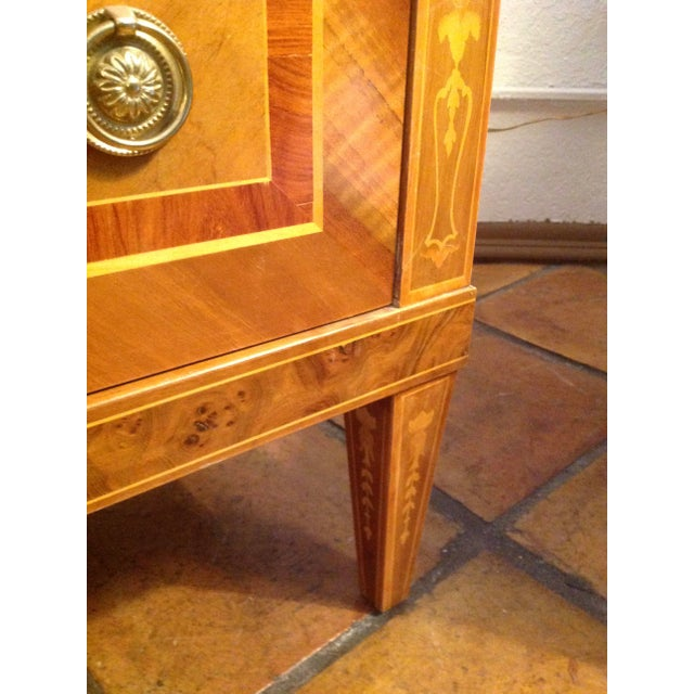 1960s Inlaid Italian Neoclassic Commode For Sale - Image 10 of 13
