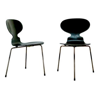 1940s Vintage Arne Jacobsen 3100 Ant Chair (2 Available) For Sale