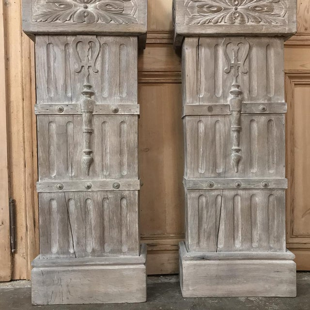 Oak Pair French Architectural Corinthian Weathered Oak Hand Carved Columns For Sale - Image 7 of 13