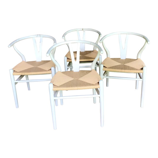 1970s Vintage White Wishbone Chairs - Set of 4 For Sale