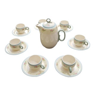 1930s Americana Alabaster Porcelain Tea Set - 7 Person, 15 Piece For Sale