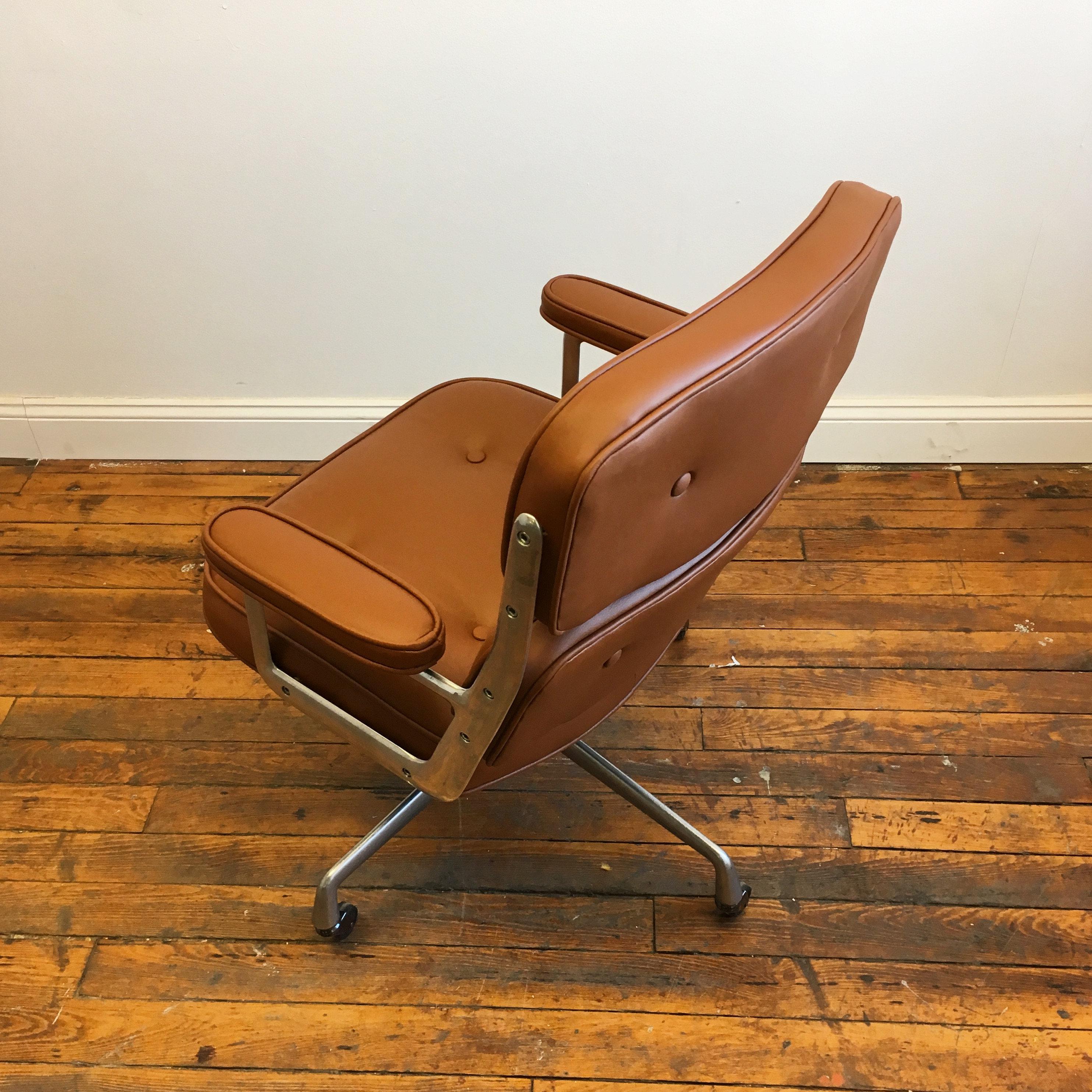 Herman Miller Vintage Herman Miller Eames Time Life Desk Chair For Sale    Image 4 Of