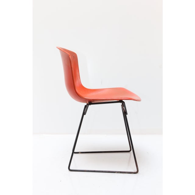 Mid-Century Modern Knoll Bertoia Fiberglass Side Chair Red-Orange For Sale - Image 3 of 11