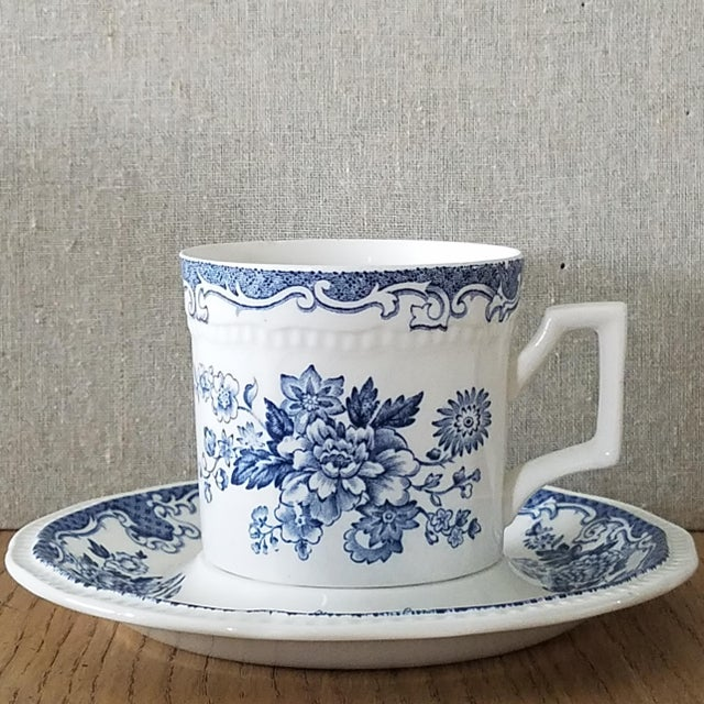 Farmhouse Kensington Stafforshire Ironstone Balmoral 1801 Cups & Saucers, 22 Piece For Sale - Image 3 of 10