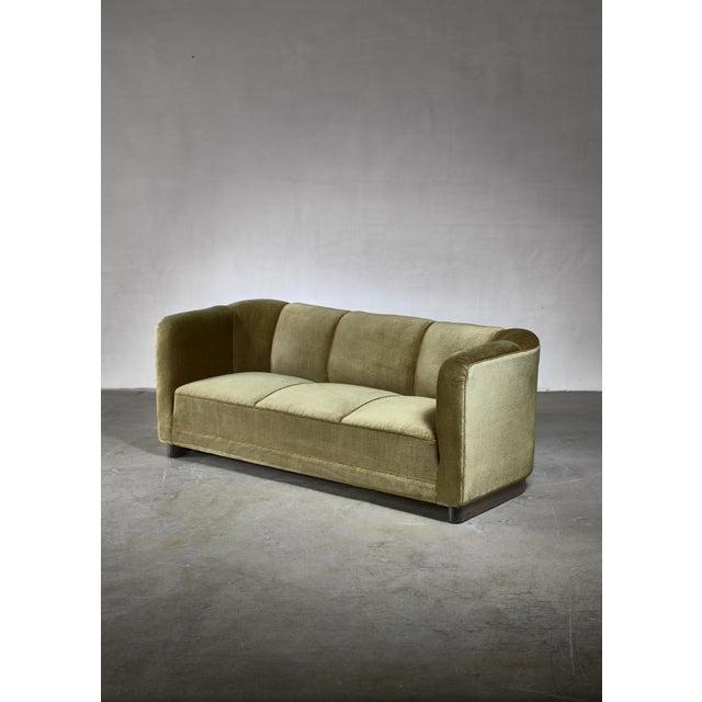 Ole Wanscher Green Velour Sofa for Fritz Hansen, Denmark For Sale - Image 6 of 6