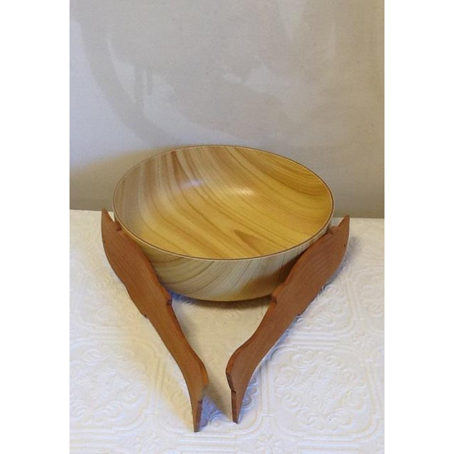 Asian Vintage Caleppio Ware Large Serving Bowl & Wood Utensils For Sale - Image 3 of 6