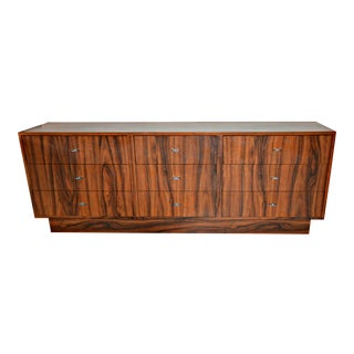 Vintage Mid-Century 9-Drawer Standard Dresser, 1970s For Sale