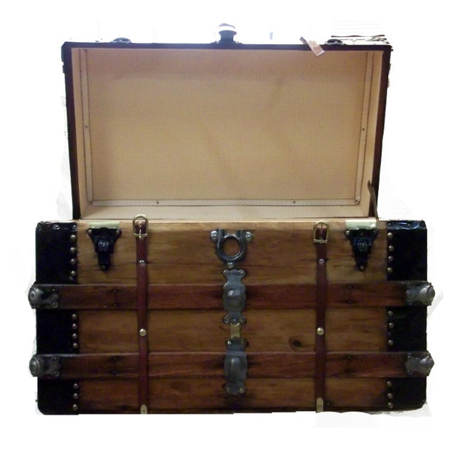 Traditional Turn of the Century Box Trunk For Sale - Image 3 of 7
