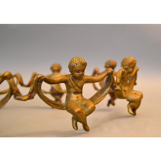 1940s Vintage Decorative Handcrafted Bronze Oval Cherub Table Sculpture or Centerpiece For Sale - Image 5 of 10