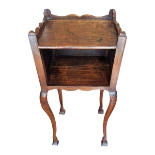 19th Century Louis XV Walnut Side Table For Sale