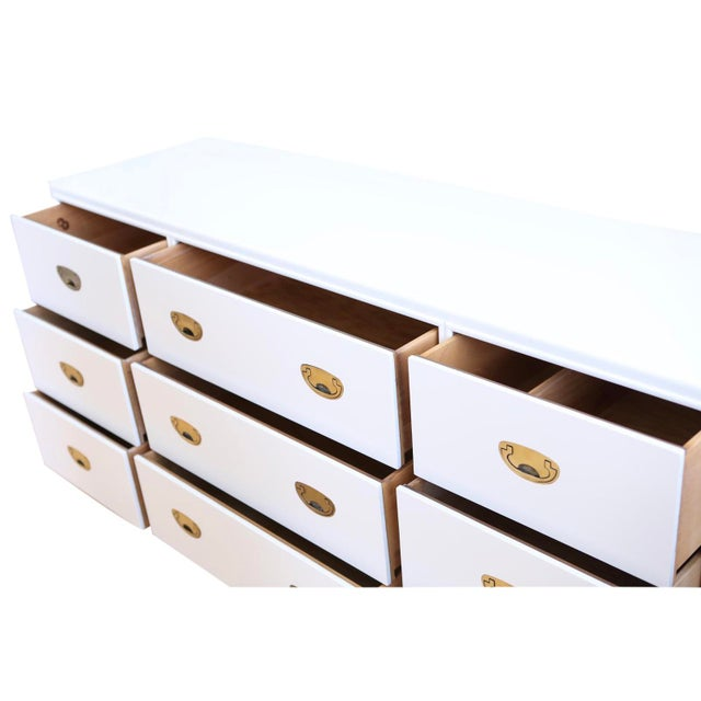 Mid-Century Modern Vintage White Lacquer Campaign Dresser by Drexel. For Sale - Image 3 of 7