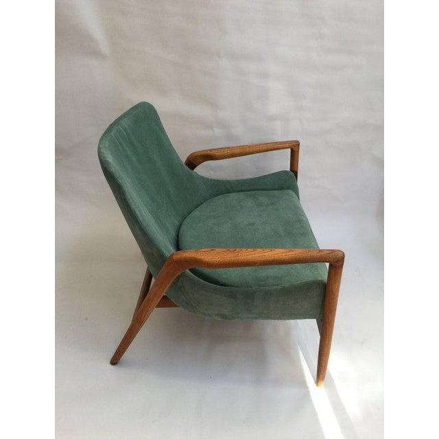 Mid-Century Modern Mid-Century Modern 'Seal' Lounge Chair by Ib Kofod-Larsen For Sale - Image 3 of 11