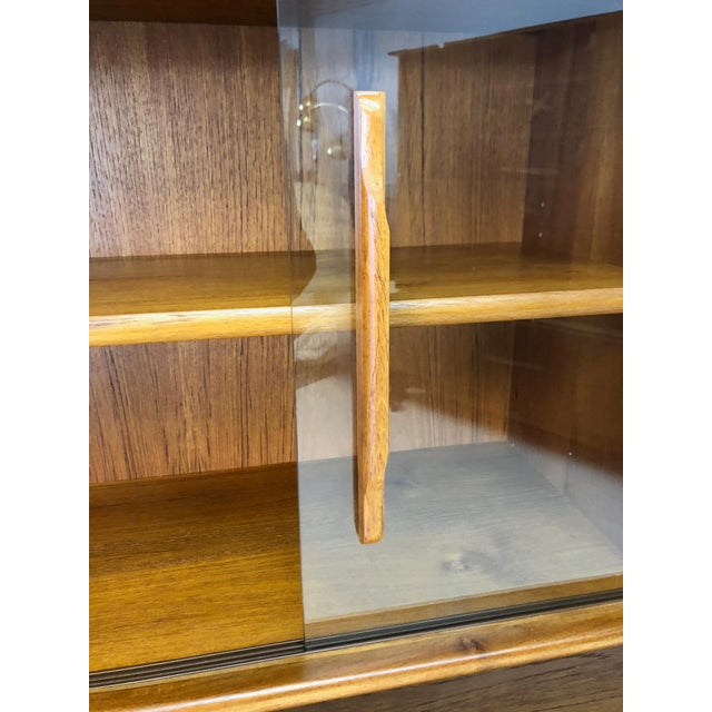 Danish Modern Teak Sideboard and Hutch For Sale In New York - Image 6 of 10