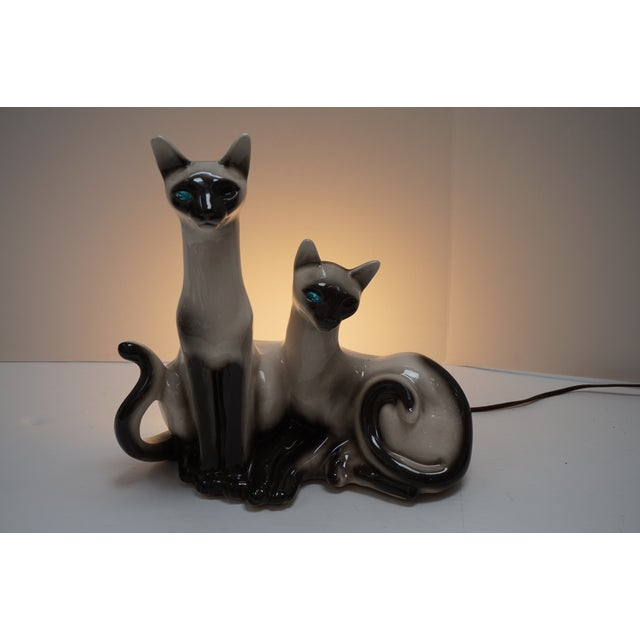 Siamese Cats TV Lamp From Lane & Co Van Nuys - Image 2 of 5