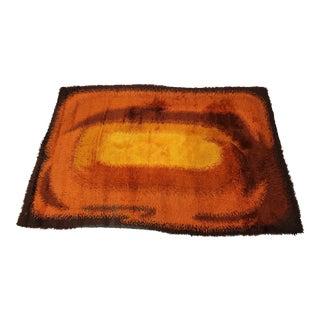 Mid Century Modern orange shag rug For Sale