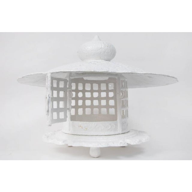 1960s Large Scale White Lacquer Cast Iron Pagoda For Sale In Los Angeles - Image 6 of 7