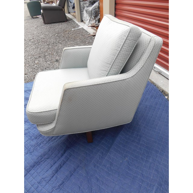 1960s 1960's Vintage Edward Wormley for Dunbar Swivel Chair For Sale - Image 5 of 11