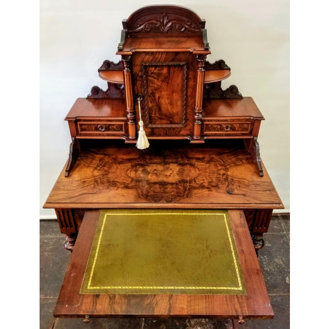 Neoclassical North German Gründerzeit Period Writing Desk in the Form of Historicism With Neoclassic Decoration For Sale - Image 3 of 9