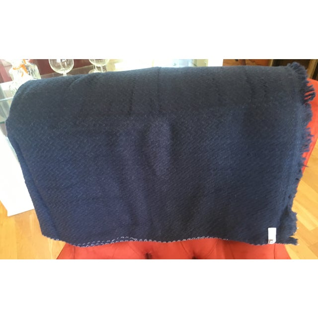 Extra Large Navy Cashmere Throw - Image 5 of 6