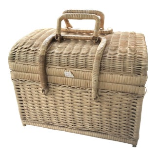 Vintage Natural Wicker Bamboo Rattan Picnic Basket For Sale