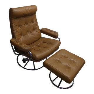 Ekornes Mid-Century Modern Scandinavian Reclining Lounge Chair and Ottoman