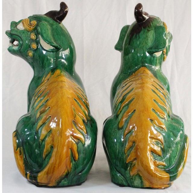 Pair of Famille Verte Foo Dogs - Image 5 of 10