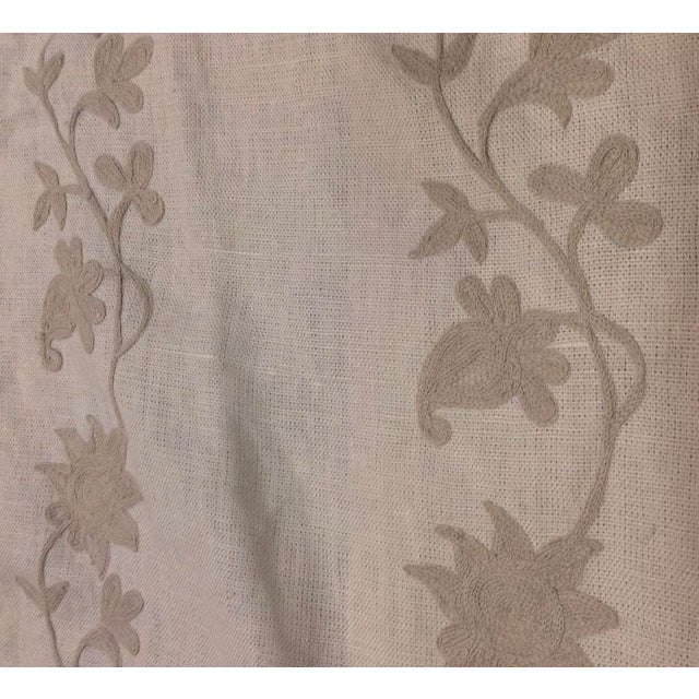 Traditional Ralph Lauren Lexie Embroidery Pebble Fabric For Sale - Image 3 of 3