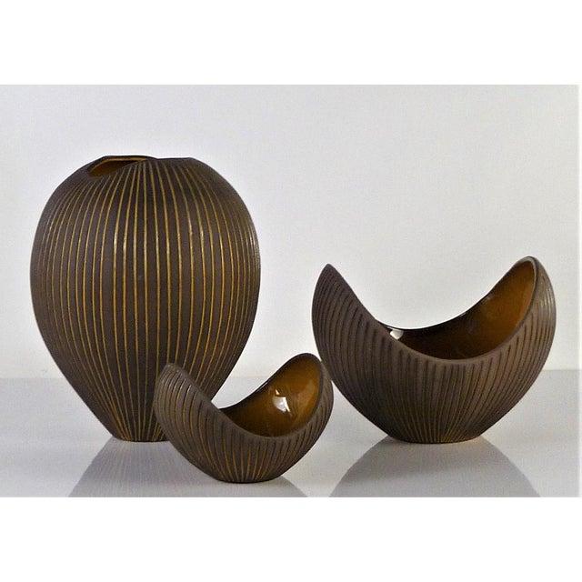 Hjordis Oldfors, Set of 3 Modern Earthenware Kokos / Coconuts Vessels From Upsala-Ekeby, Sweden 1954 For Sale - Image 12 of 13