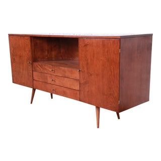 Paul McCobb Planner Group Mid-Century Modern Credenza or Media Cabinet, Newly Refinished For Sale