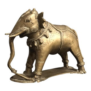 Vintage Nepalese Solid Brass Indian Elephant Sculpture For Sale