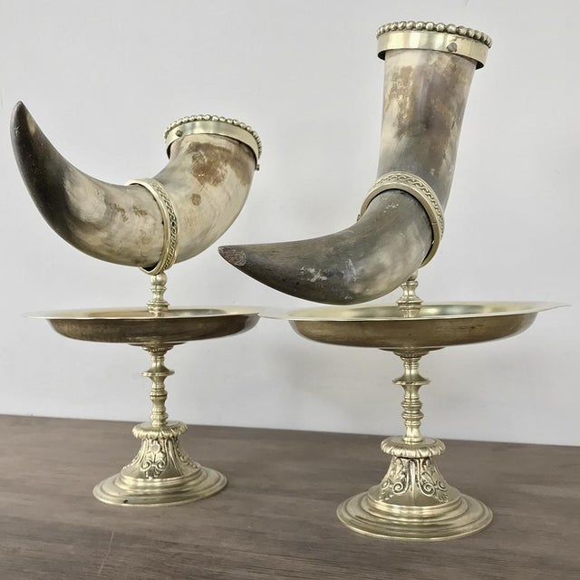 Traditional Pair 19th Century Bronze-Mounted Horn Bookends For Sale - Image 3 of 11