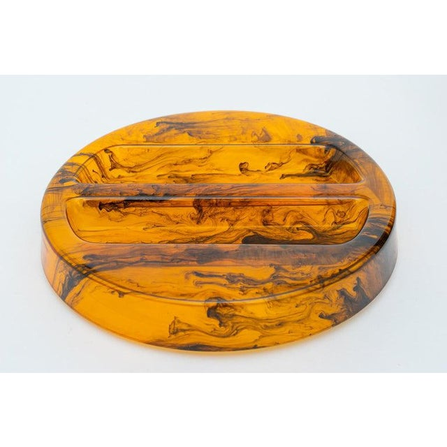 Faux Tortoise Shell, Marbleized Lucite Ice Bucket With Tongs From 1970s Italy For Sale - Image 9 of 13