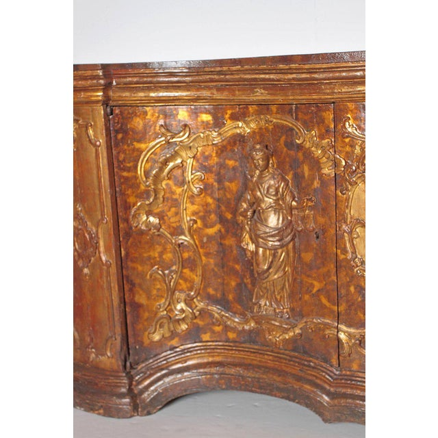 17th Century Venetian Vestiary Gilt Cabinet With Faux Marble Top For Sale - Image 4 of 13