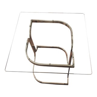 1960s Hollywood Regency Sculptural Brass Side Table With Glass Top For Sale