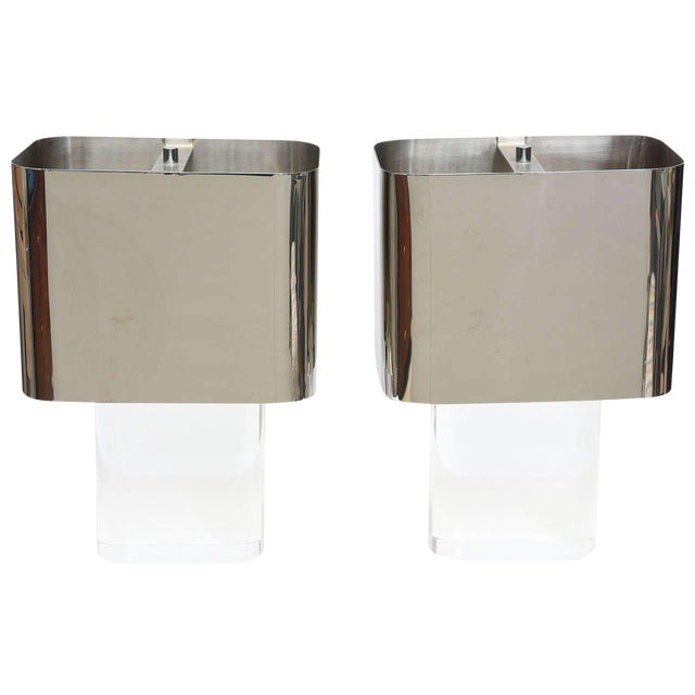 American Modern Pair of Lucite and Polished Chrome Lamps, Karl Springer For Sale