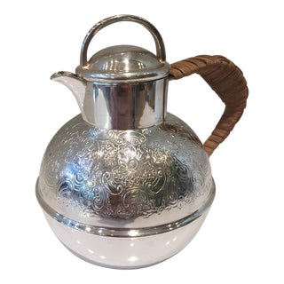Early 20th Century Art Deco Barker Bros Silverplate Reed Handle Teapot For Sale