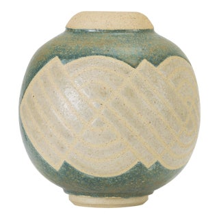 Cream and Blue Vase With Sgraffito Knot Pattern For Sale