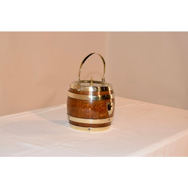 English English Silver Plated Biscuit Barrel, Circa 1900 For Sale - Image 3 of 7