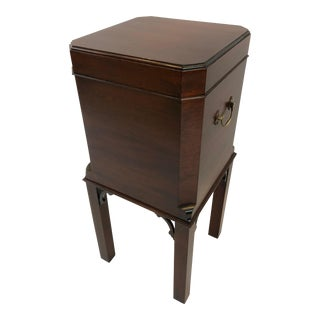 1980s Chippendale Mahogany Williamsburg Edition Cellarette End Table For Sale