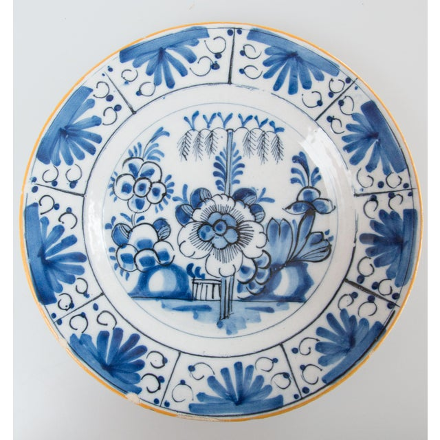 Antique 18th-Century Dutch Delft Floral Plate For Sale In Houston - Image 6 of 6