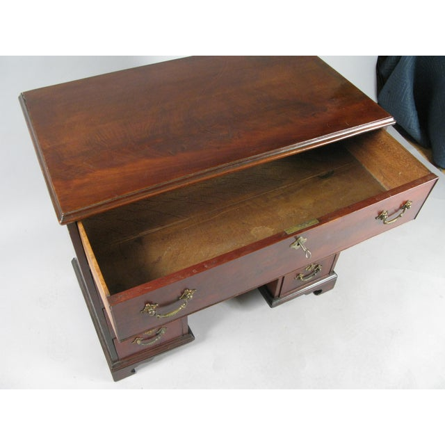Antique 19th Century English Walnut Writing Desk For Sale In New York - Image 6 of 7