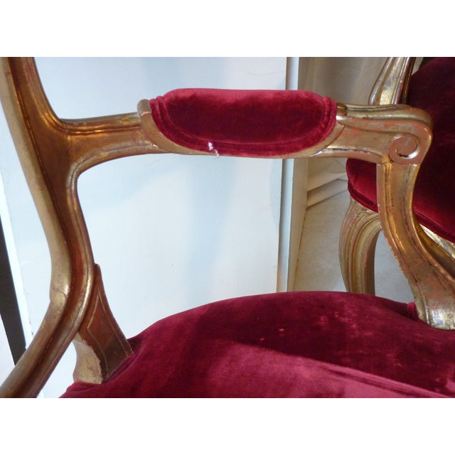Giltwood Early 20th Century Vintage French Ribbon Back Giltwood Armchairs- A Pair For Sale - Image 7 of 11