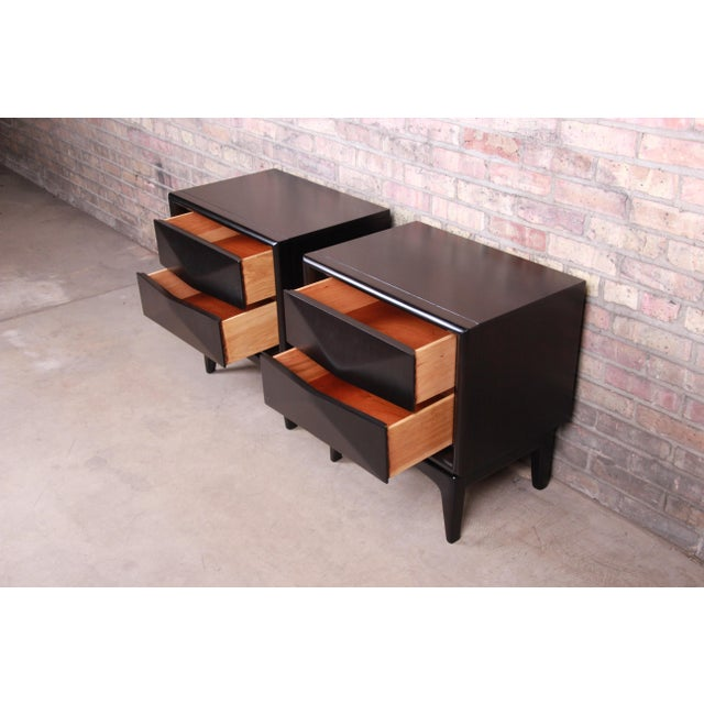 Mid-Century Modern Ebonized Sculpted Walnut Diamond Front Nightstands by United, Newly Refinished For Sale - Image 9 of 11