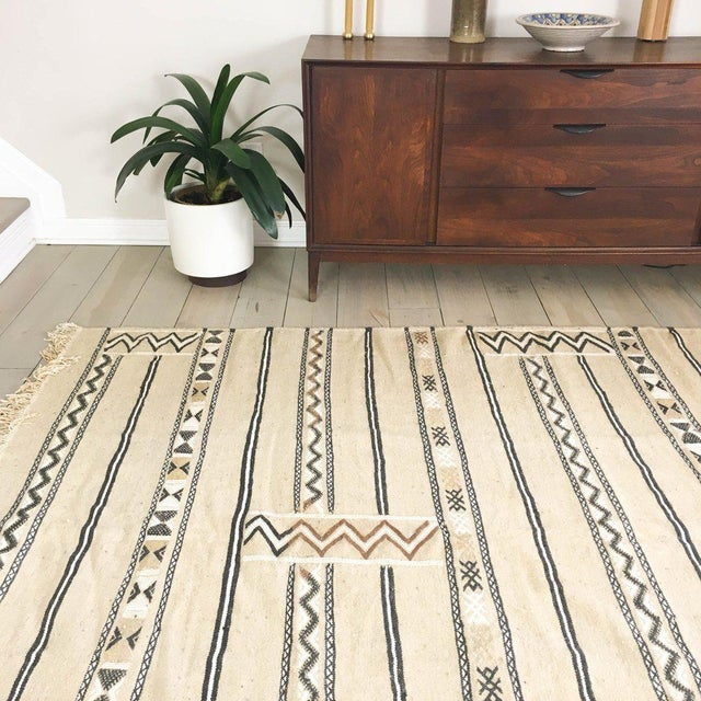 Neutral Moroccan Kilim Rug - 6′1″ × 7′8″ - Image 3 of 5
