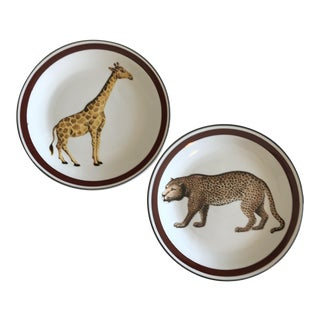 Mottahedeh Italian Ceramic Leopard and Giraffe Plates - Set of 2 For Sale