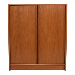 Mid-Century Modern Teak Chifferobe Cabinet For Sale